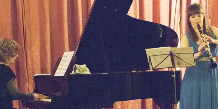 Claudia Reyes, clarinet Ana Galindo, piano